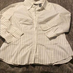 XL STRETCH NY and Co Button up, Fitted & LIKE NEW